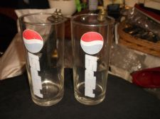 "COLLECTABLE PAIR OF VINTAGE PEPSI GLASS TUMBLERS 6.5"" HIGH"